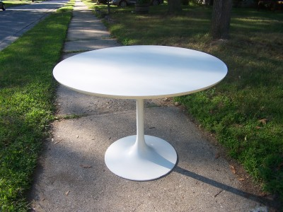 Vintage Saarinen Tulip Dining Table Modern Love